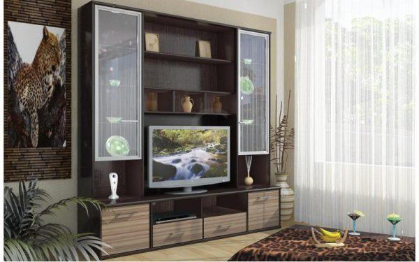 Шкаф-витрина для красивых предметов интерьера