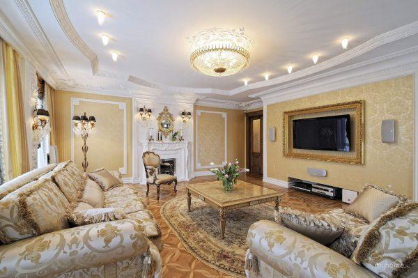 Кремовая гостиная в стиле классика