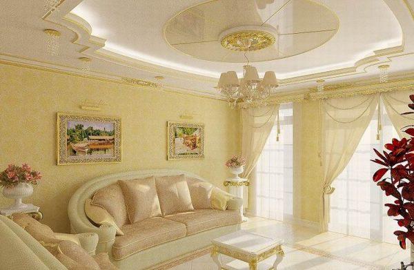 Белый цвет в классической гостиной