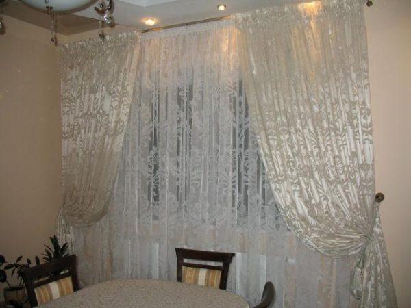 Белоснежные шторы из полиэстера