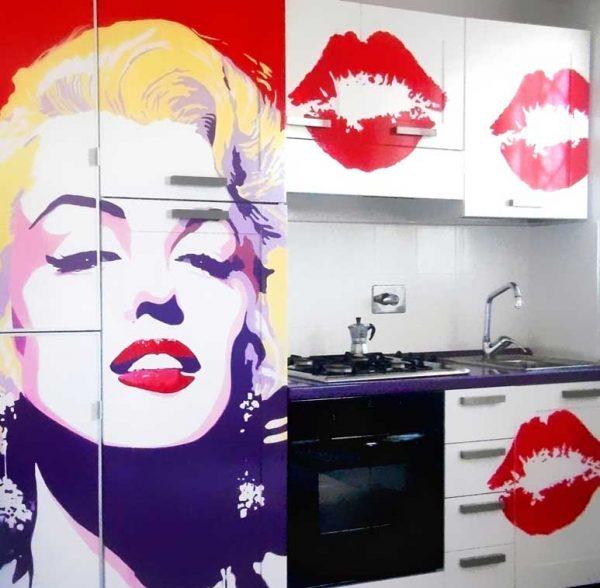 Декор кухонной мебели в стиле поп арт