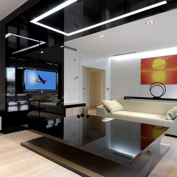 Дизайн потолка в стиле хай тек