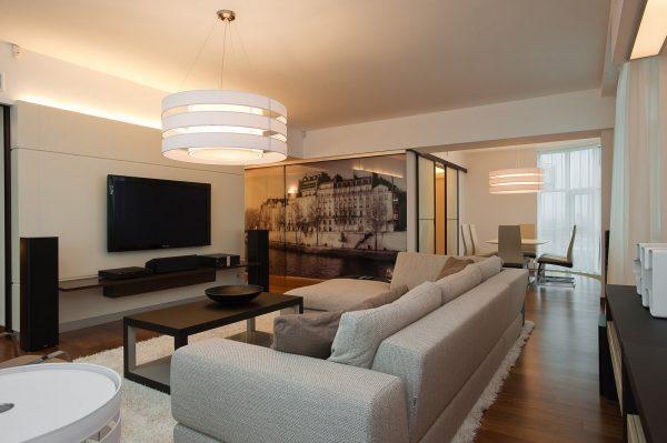 Стиль модерн в интерьере гостиной
